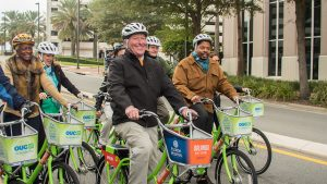 mayor dyer riding bicycle during bike to work event